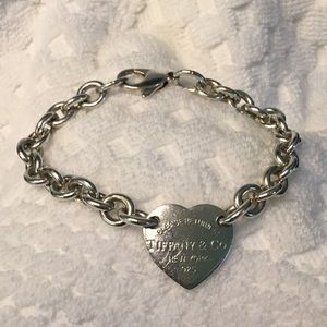 Tiffany 925 Vintage heart charm bracelet